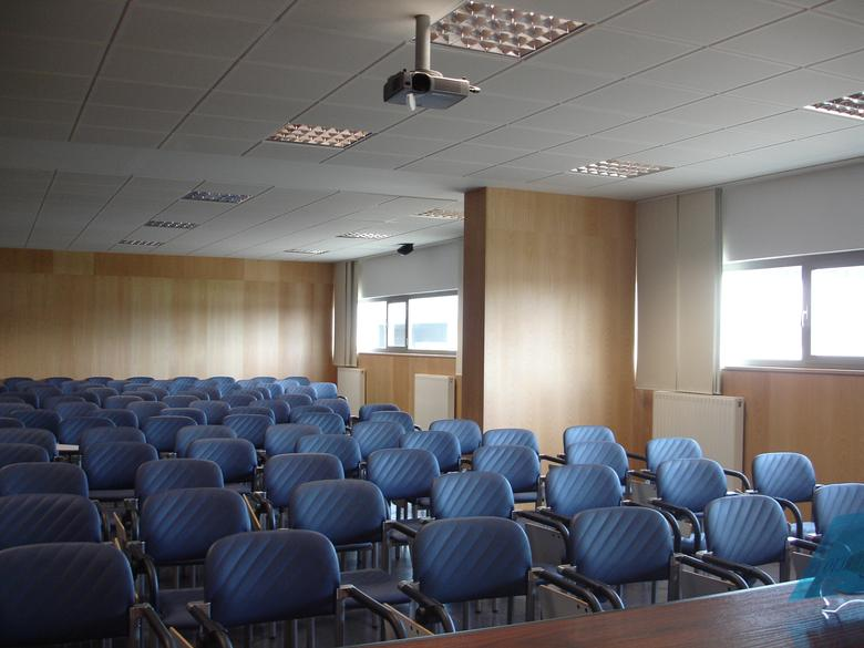 Sala_profesores_salon_de_actos01